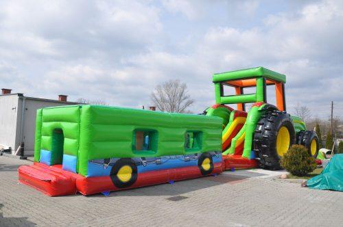 Traktor Hüpfburg mit Anhänger