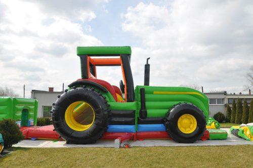 Traktor Hüpfburg